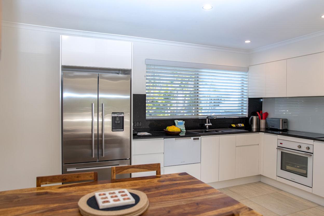 Islander-Resort-Noosa-2-Bedroom-Deluxe--Villa-7