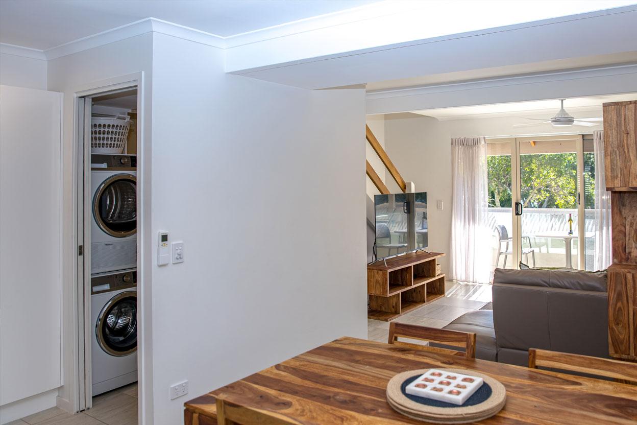 Islander-Resort-Noosa-2-Bedroom-Deluxe--Villa-8